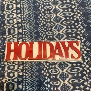 New with tag HOLIDAYS wooden décor